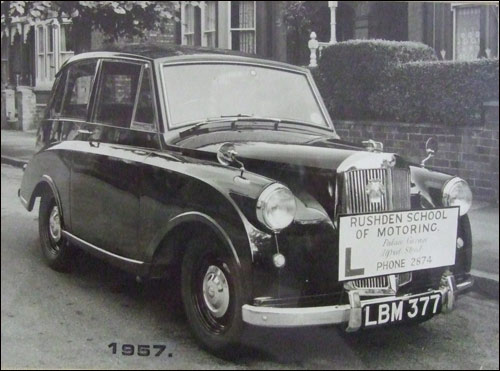Old driving school car 1947