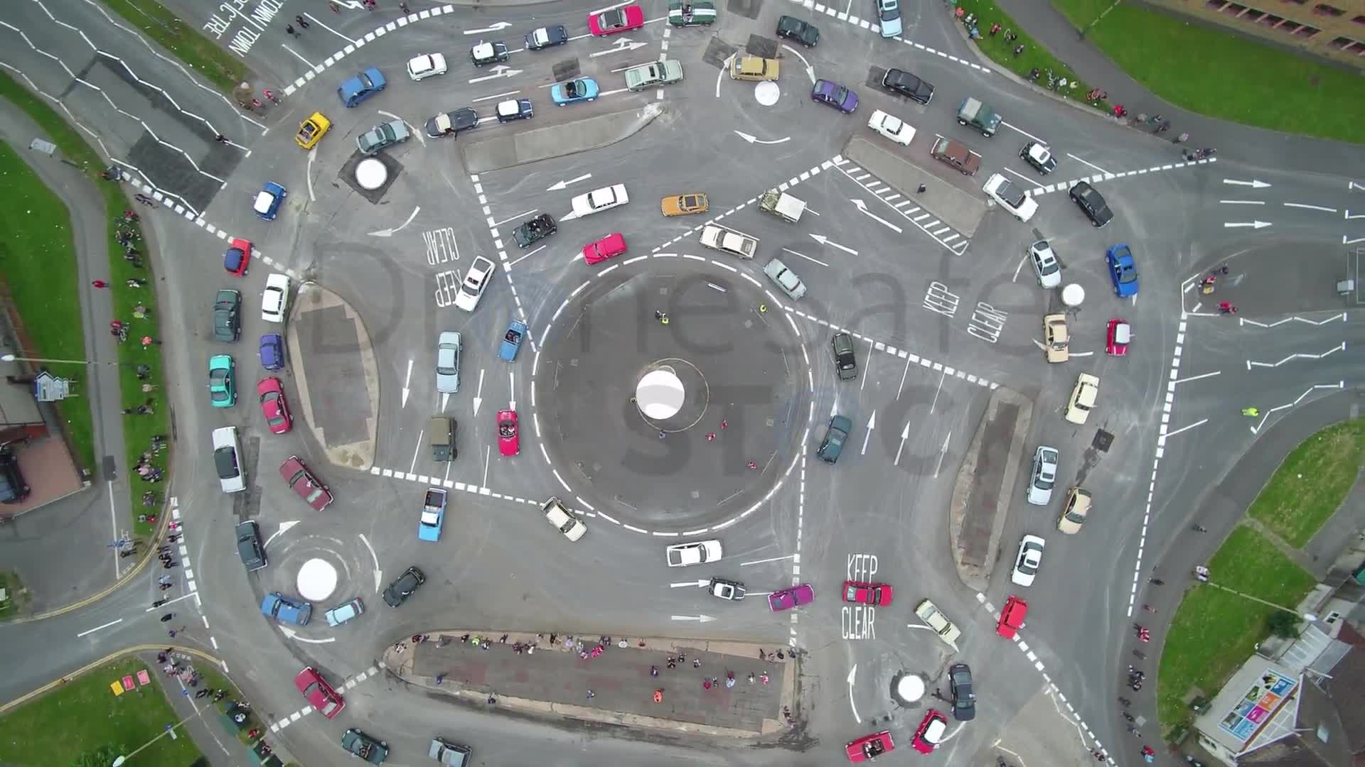 Roundabouts - a complete guide for learner drivers